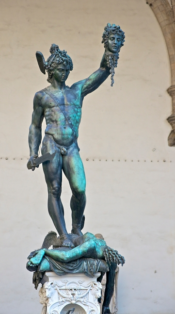 Perseus_Medusa_Cellini_Lanzi_Florence