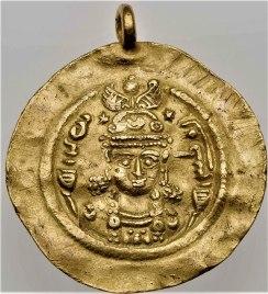 800px-Gold_coin_of_Boran,_daughter_of_Khusrau_II